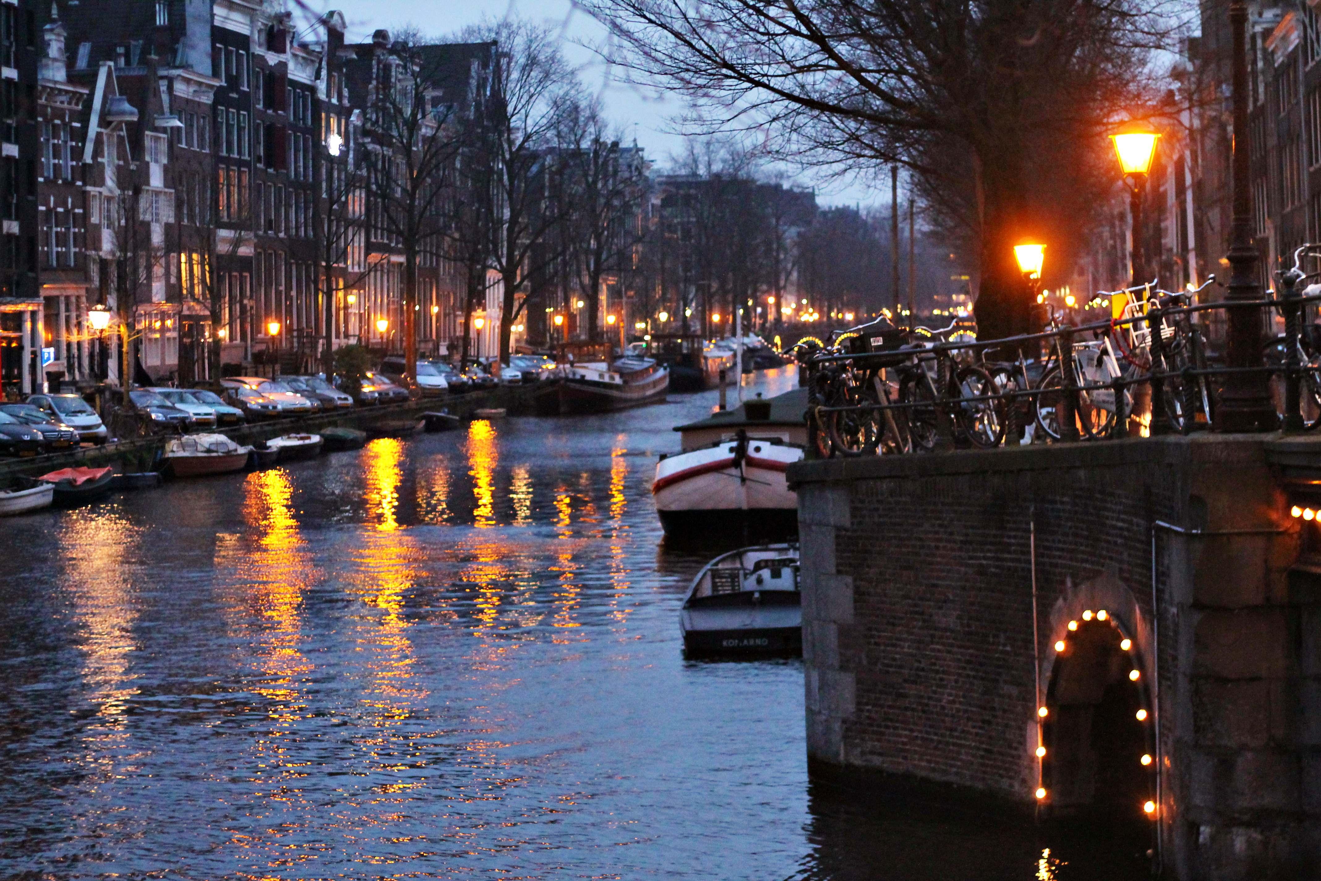 amsterdam_by_night