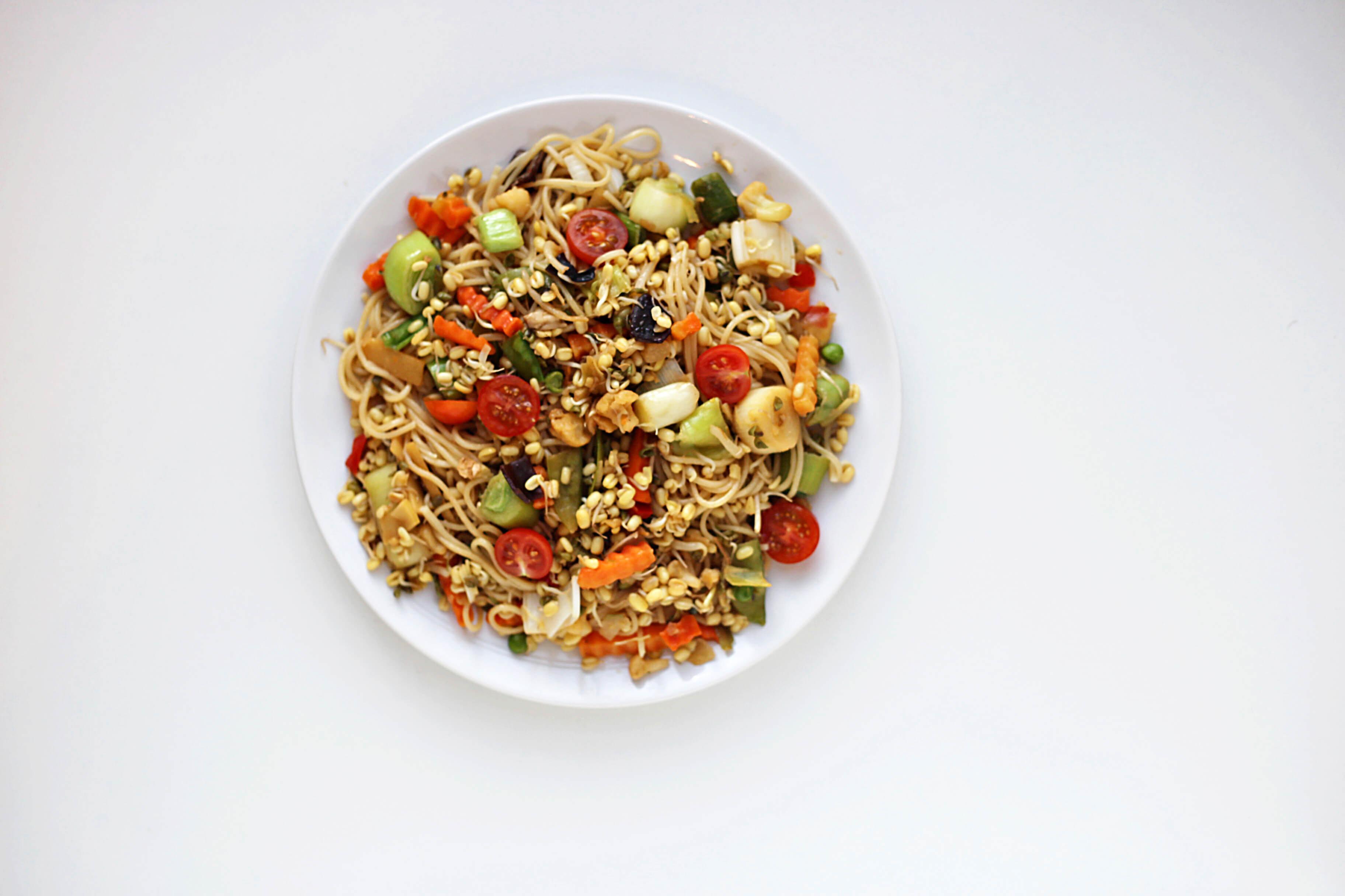 asia noodle salat mit gem se do live. Black Bedroom Furniture Sets. Home Design Ideas