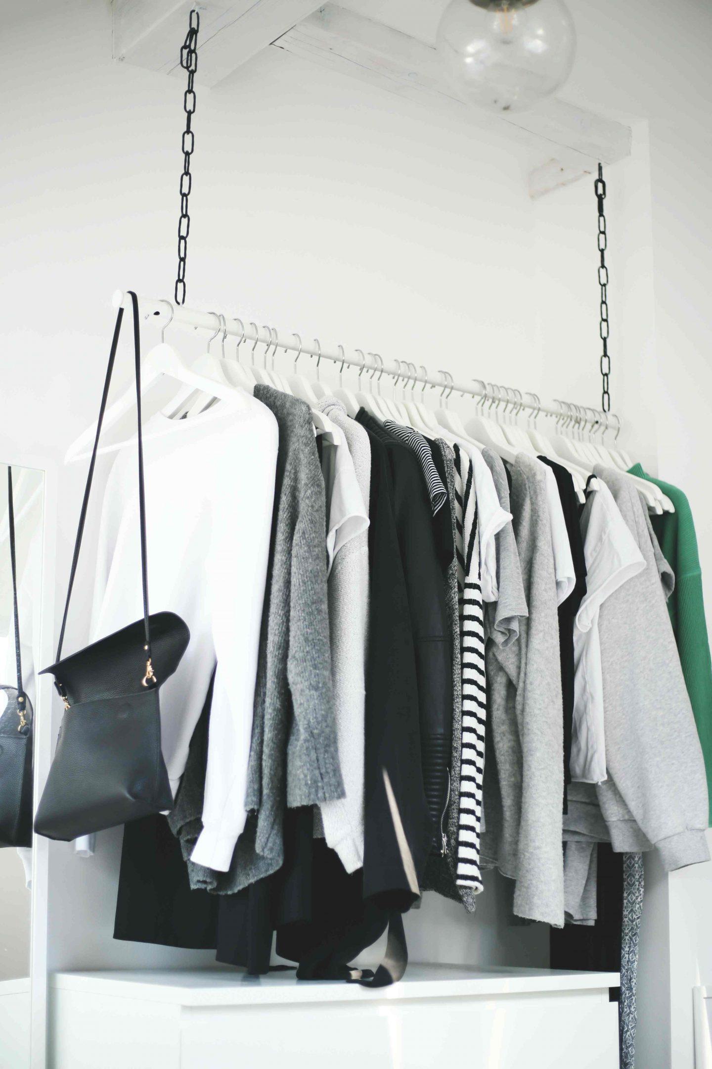 diy wardrobe area h ngende kleiderstange do live. Black Bedroom Furniture Sets. Home Design Ideas