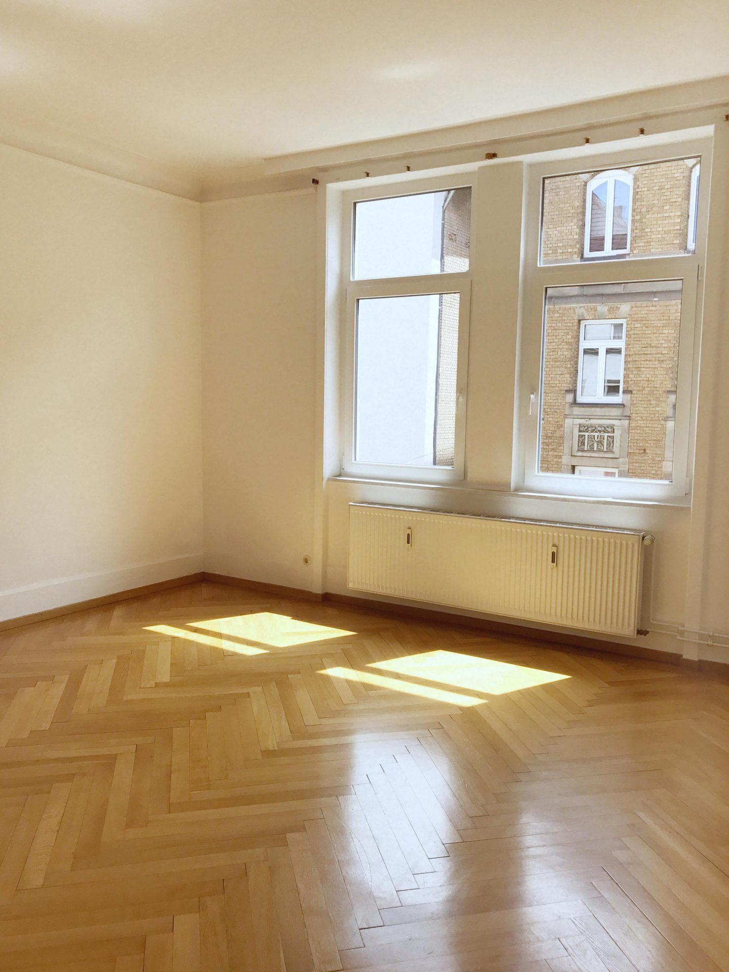 Da Ist Sie U2013 Meine Erste Richtige, Neue Wohnung. Heute Zieh Ich Um U2013 Nach  Eineinhalb Jahren (mit 6 Monaten Pause In Hamburg) In Einer 6er WG In ...